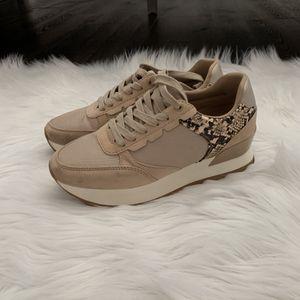 Zara Platform Snakeskin Sneakers for Sale in Palm Harbor, FL