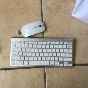 Wireless Keyboard And Mouse for Sale in San Diego, CA