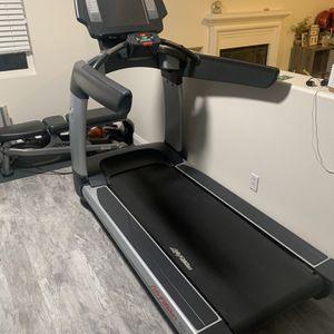 LIFE FITNESS Treadmill for Sale in San Bernardino, CA