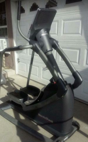 Nordictrack 35S Elliptical Exercise Machine - Can Deliver for Sale in Norwalk, CA