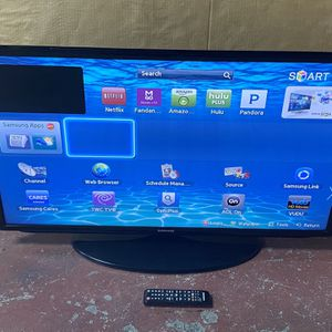"40"" SAMSUNG SMART TV Good Condition for Sale in San Diego, CA"