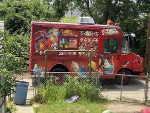 Ice cream truck for Sale in Dundalk, MD