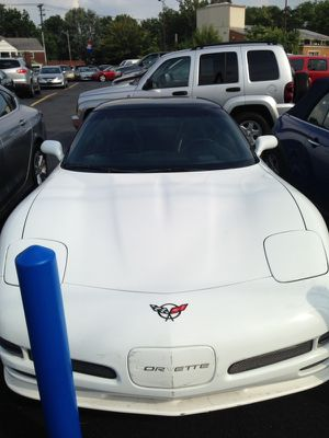 1999 chevy corvette with 81 k miles for Sale in Cleveland, OH