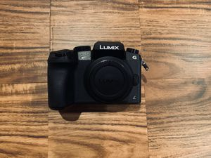 Panasonic G7 w/14-140mm lens 4K 📷 Camera w/ Accessories for Sale in Los Angeles, CA