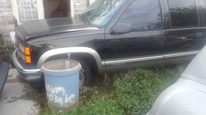 1998 Chevy Suburban parts only for Sale in Tampa, FL