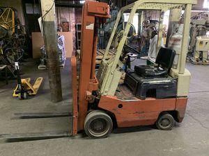 Nissan Datsun propane forklift 2500lbs capacity model 0f01 for Sale in Hackensack, NJ