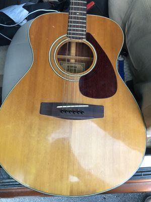 Yamaha (FG-170) acoustic guitar for Sale in Smyrna, TN
