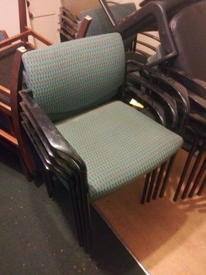 EIGHT MATCHING STACKABLE LOBBY CHAIRS for Sale in Tampa, FL
