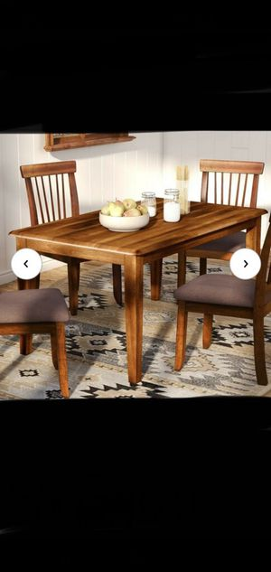 Brand new dining table for Sale in Los Angeles, CA