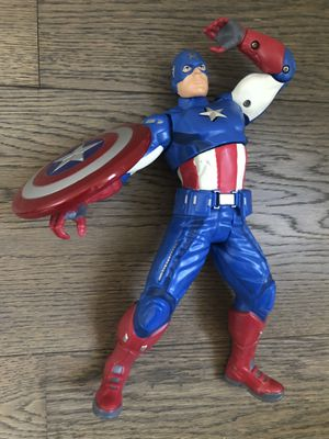 Talking Captain America Action Figure Toy with Shield for Sale in Miami, FL
