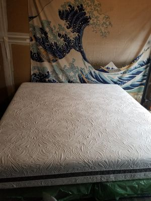 King size Sealy posturepedic mattress and boxspring for Sale in Raleigh, NC