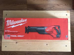 Milwaukee M18 18-Volt Lithium-Ion Cordless SAWZALL Reciprocating Saw (Tool-Only) for Sale in Queens, NY