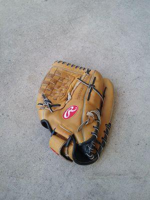 Rawlings softball glove for Sale in West Covina, CA