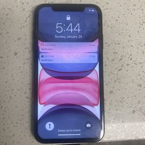 iPhone 11 for Sale in Orange, CA