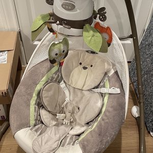 Fisher Price Snugapuppy Baby Swing for Sale in Houston, TX