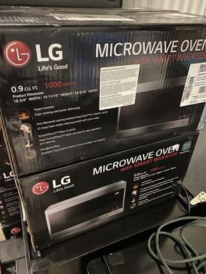 LG microwave oven 0.9 cu ft brand new for Sale in Cleveland, OH
