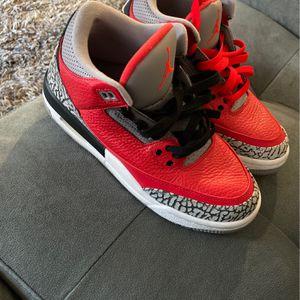 Like New Jordan's 5.5 Boys for Sale in Folsom, CA