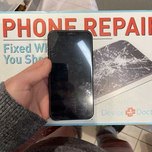 I phone XR software unlocked 64GB for Sale in Waterbury, CT