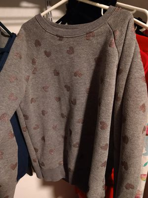 Girls 14/16 sweatshirt for Sale in Des Moines, IA
