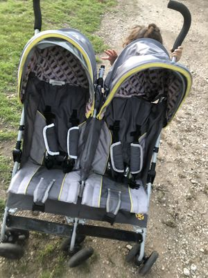 Double stroller for Sale in Austin, TX