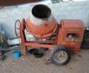 Trompo antiguo buen material motor honda 8 hp for Sale in San Diego, CA
