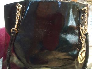 Michael Kors Jet Set Chain Tote blk Patent Leather Hand Bag for Sale in Dunedin, FL