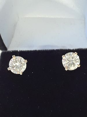 14kt Yellow Gold/Diamond Studs for Sale in San Diego, CA