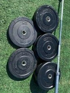 Bumper Plates And Olympic Bars for Sale in Leesburg,  VA