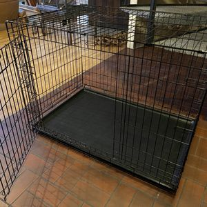 Large dog cage for Sale in Tacoma, WA