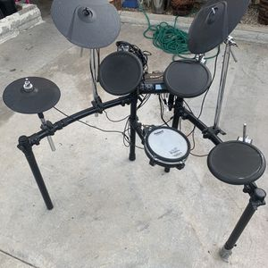 Roland TD-4 Electric Drum Set for Sale in Lake Forest, CA