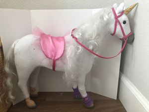 "Be My Girl Articulated Unicorn for 18"" Dolls for Sale in El Dorado Hills, CA"