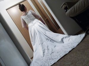 Casablanca Wedding Dress with veil for Sale in Vancouver, WA