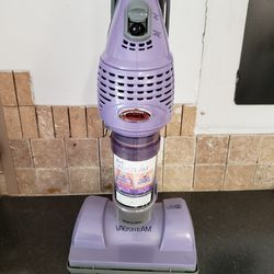 Steam vacuum cleaner barely used. In perfect condition for Sale in Ocoee,  FL