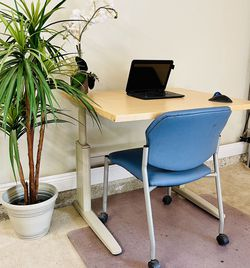 Affordable Adjustable Office Table Or School Desk For Small Area for Sale in West Covina,  CA
