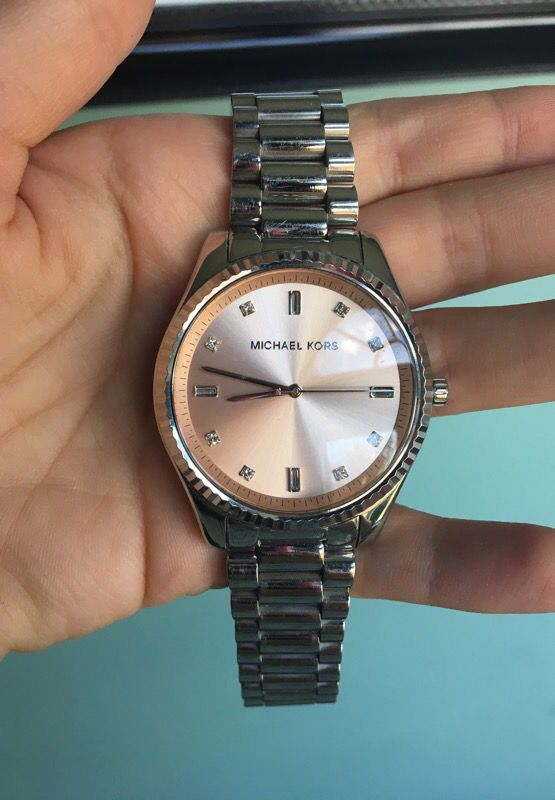 Authentic Michael kors Watch MK Working!