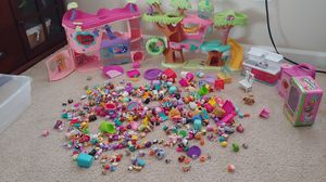 Littlest Petshop/ Shopkins lot for Sale in Graham, WA