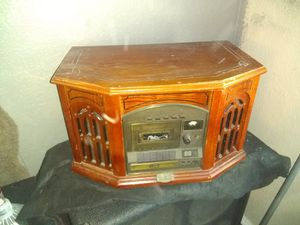 Radio/record player for Sale in San Angelo, TX