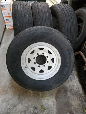 8 lugs rims with new tires for Sale in Lake Forest, CA