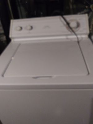 Whirlpool washer and dryer set for Sale in Columbus, OH
