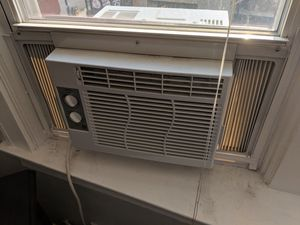 Window Unit Air Conditioner for Sale in Chicago, IL