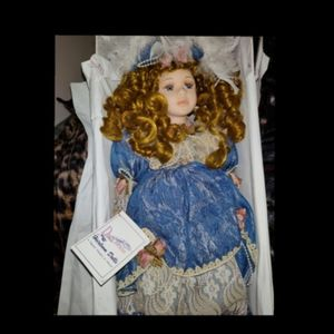 Duck House Collector Doll for Sale in Tampa, FL