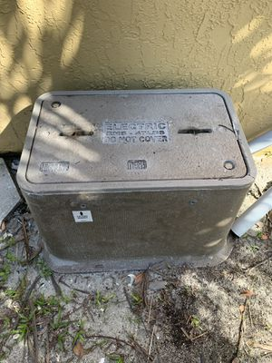 FPL underground connection box for Sale in Boca Raton, FL