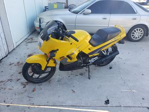 Kawasaki Twin Cam 8 valve Motorcycle for Sale in Westminster, CA