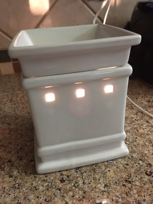 Scentsy Authentic Warmer Retired for Sale in Houston, TX