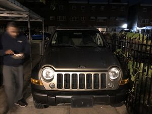 Jeep Liberty 2006 fwd 93k miles for Sale in The Bronx, NY