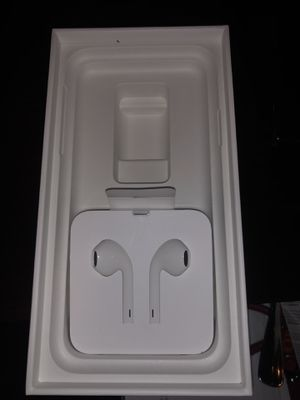 iPhone headphones- Never Used for Sale in Hayward, CA