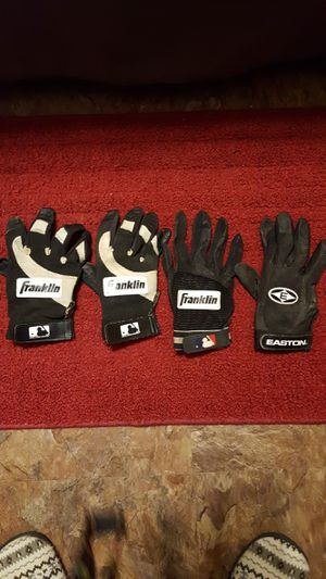 Right handed batting gloves for Sale in Little Rock, AR