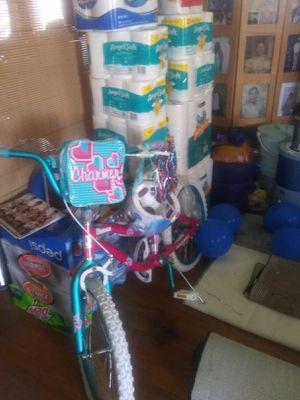 Girl Bike for Sale in Jefferson City, MO
