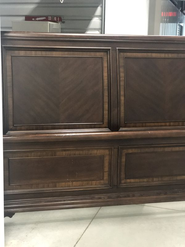 Real Wood King Sleigh Bed with frame and boxspring