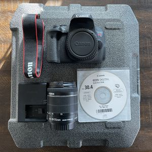 Canon EOS Rebel T6i for Sale in Bloomfield, NJ